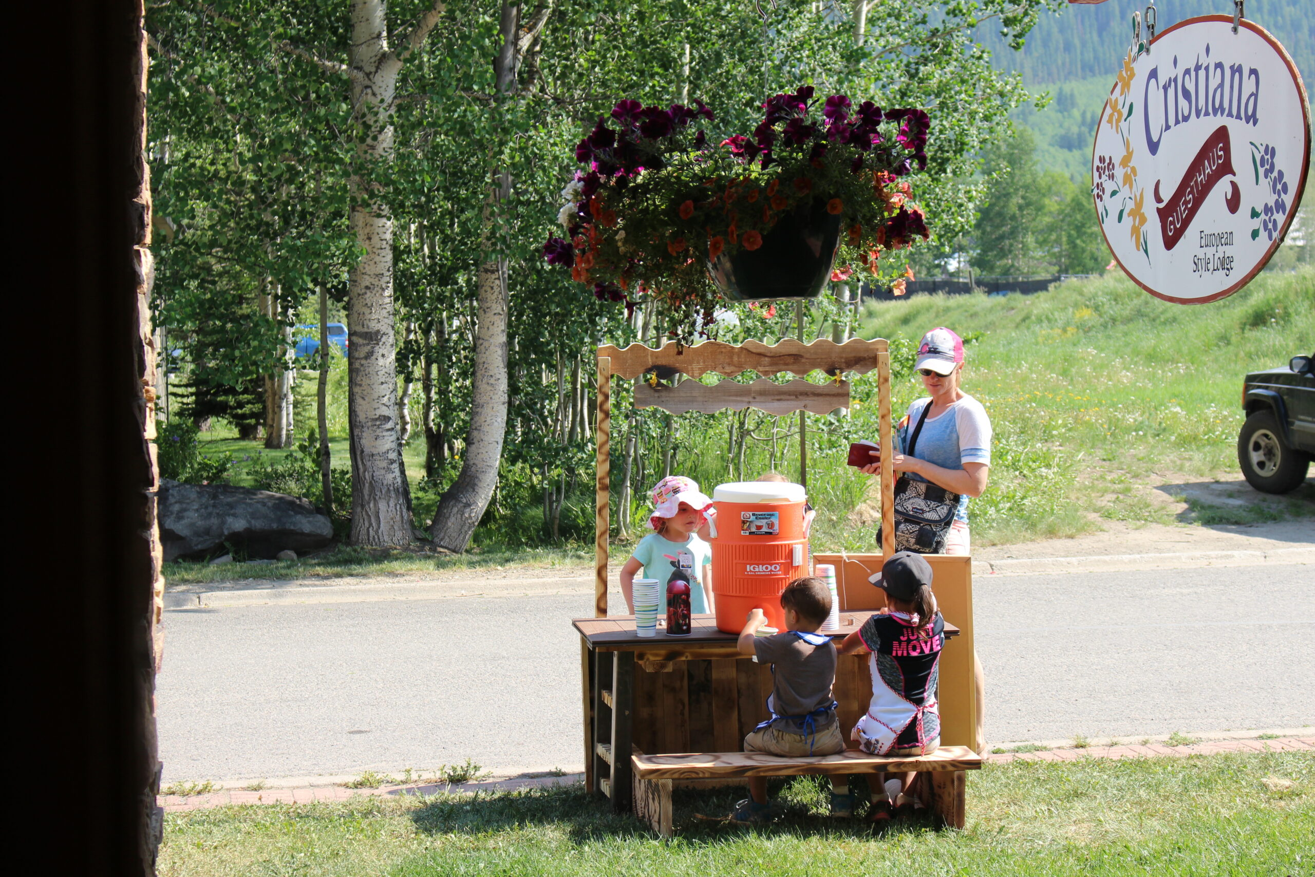 Crested Butte family (and pet) friendly